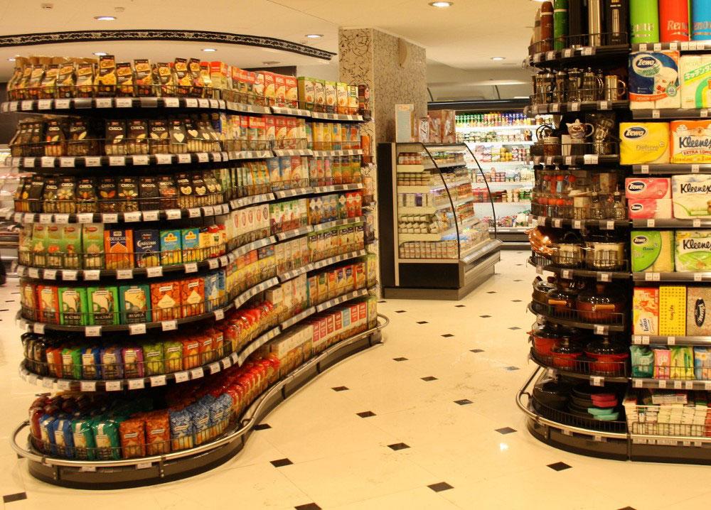 Мерчандайзинг продуктового магазина фото